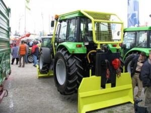 primer gozdarskega traktorja